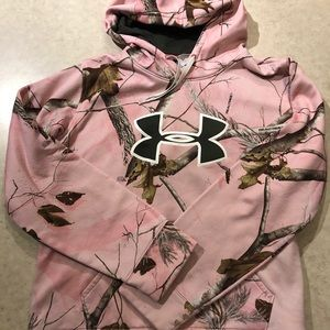 Under Armour women's L pink realtree hoodie